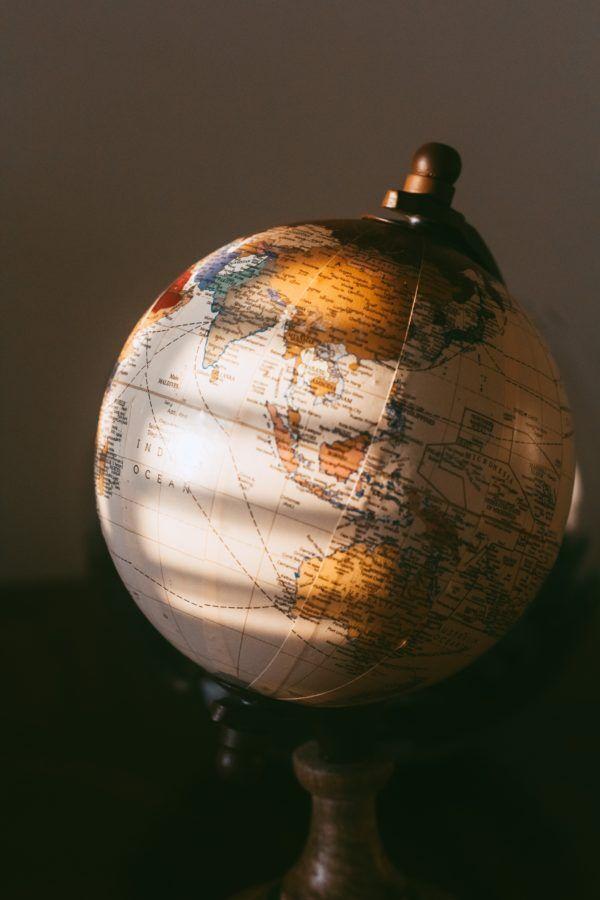 Globus, Buchtrailer international